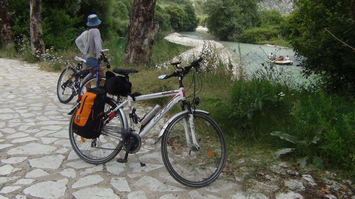 πηγές Αχέροντα γλυκή ποδήλατο νεκρομαντείο