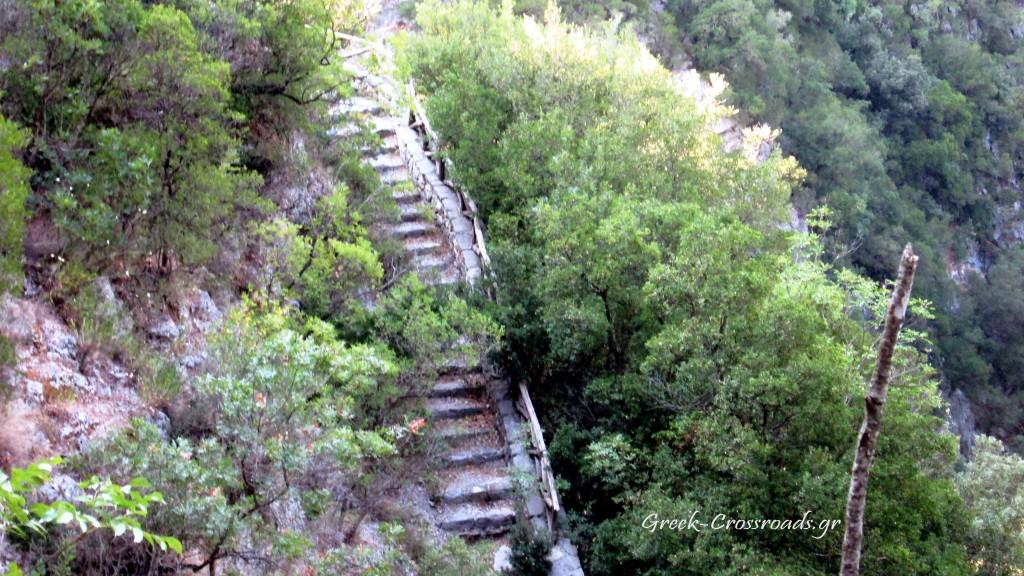 Σκάλα Τζαβέλαινας  Σούλι Αχέροντας Γλυκή φαράγγι πηγές Αχέροντα