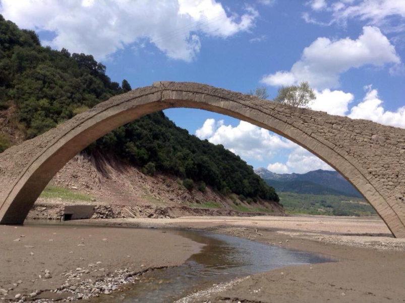 Δυτική Ευρυτανία Γεφύρι Μανώλη