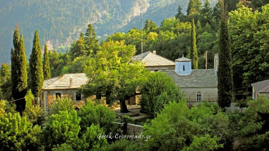 Ναυπακτία μοναστήρι Αμπελακιώτισσα