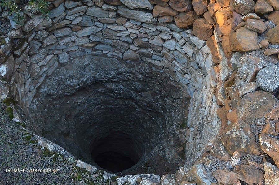 Χάος Σούνιο αρχαίο λατομείο