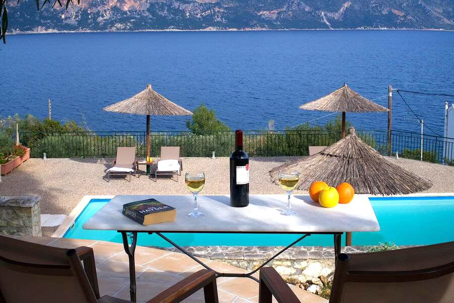 Accommodation Martini Waterfront Suites In Kefalonia Greek Crossroads