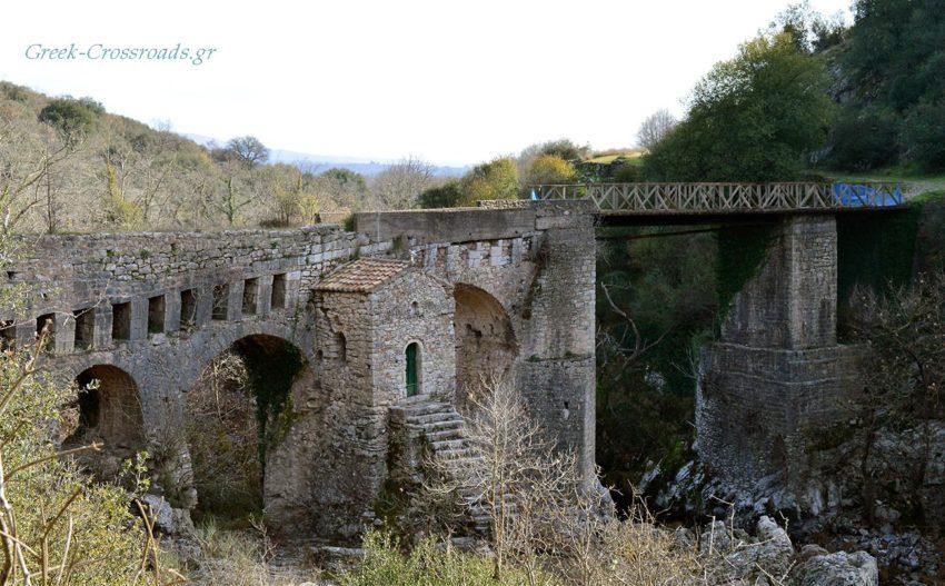 Καρύταινα πέτρινο γεφύρι