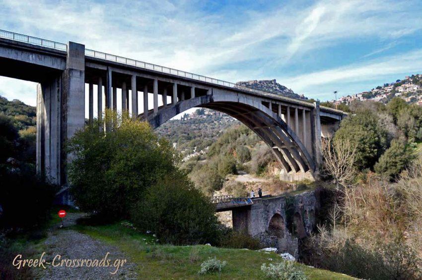 Καρύταινα γέφυρα πέτρινο γεφύρι