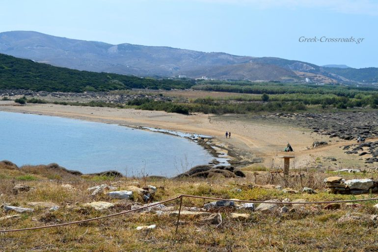 Σκύρος Παλαμάρι παραλία