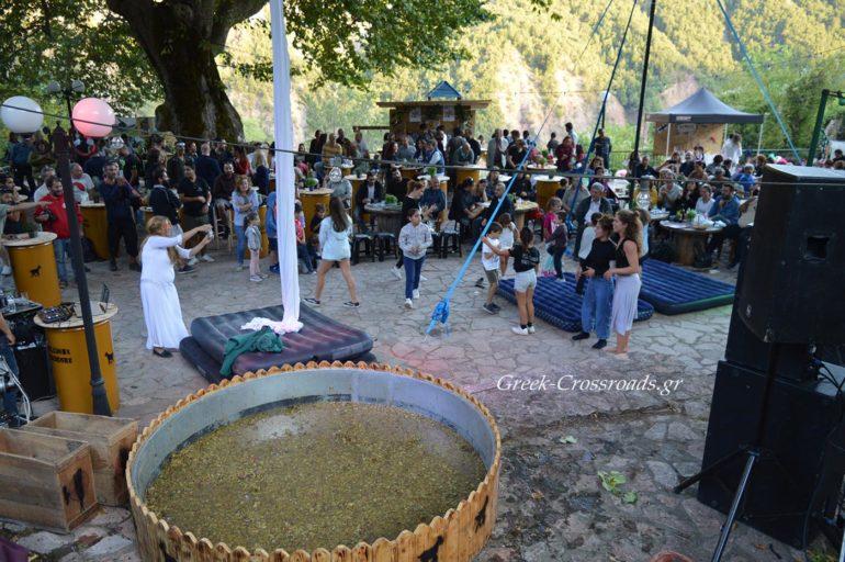 Χελιδόνα φεστιβάλ τρύγου