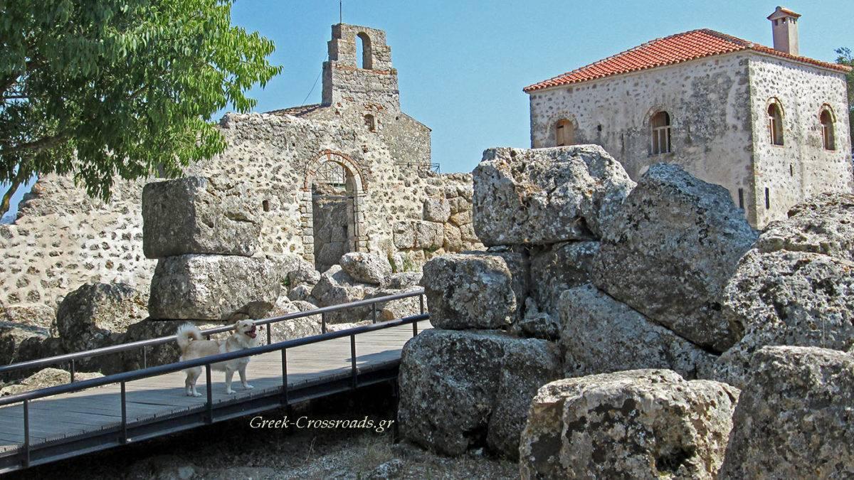 Νεκρομαντείο Αχέροντα: Οι αρχαίες πύλες του Άδη • Αρχαιότητες ...